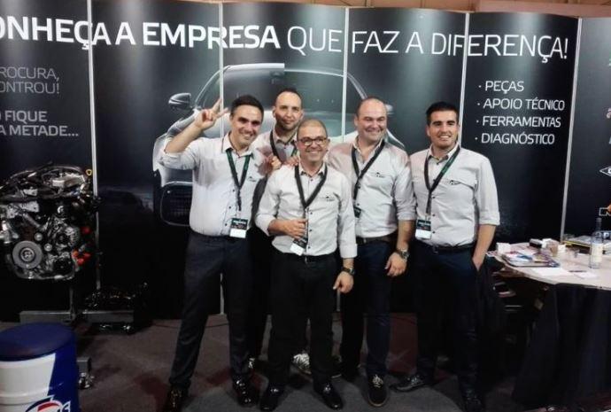 Fachada da entrada principal da empresa Going UP Portugal
